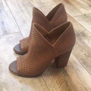 Lucky Brand Heels- 6.5